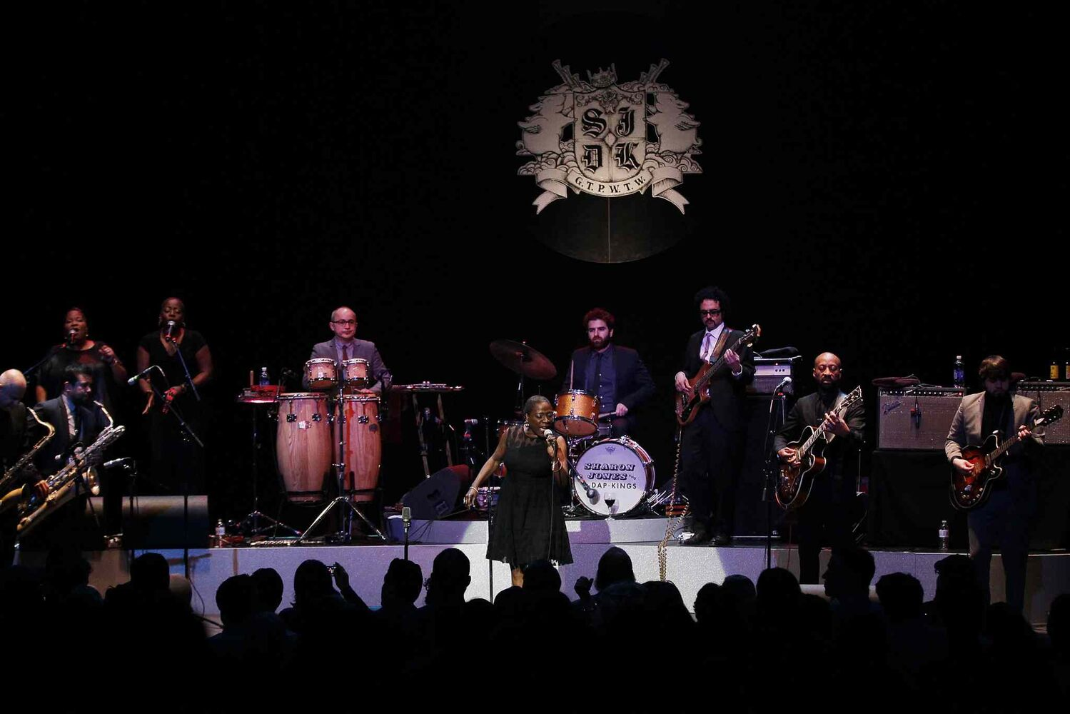 Sharon Jones and The Dap-Kings perform at the Burton Cummings Theatre Tuesday night. (John Woods / Winnipeg Free Press)
