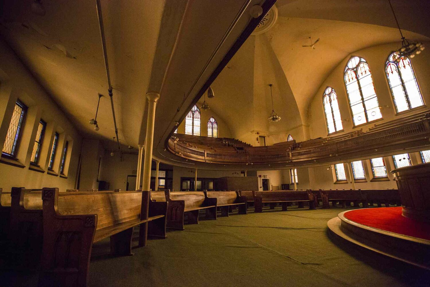 The Heritage North End Church in Winnipeg is up for sale for less than the price of a starter home on. The church, which was built in 1907, is in need of many repairs. (MIKAELA MACKENZIE / WINNIPEG FREE PRESS)