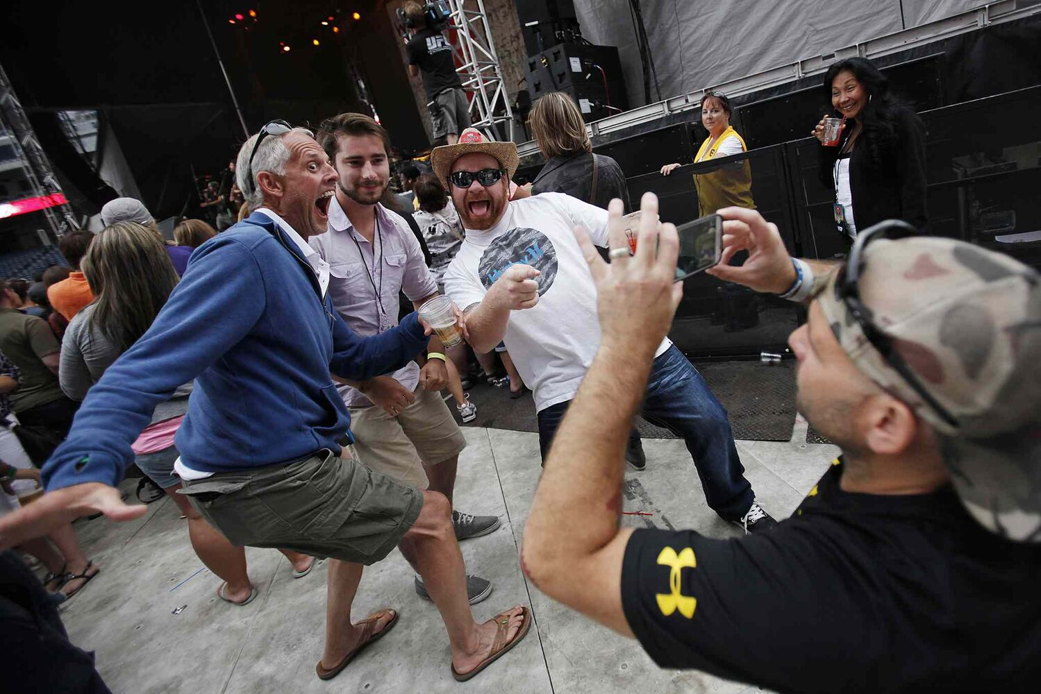 Fans get into Walk Off The Earth as they perform at Prairie Jam. (JOHN WOODS / WINNIPEG FREE PRESS)