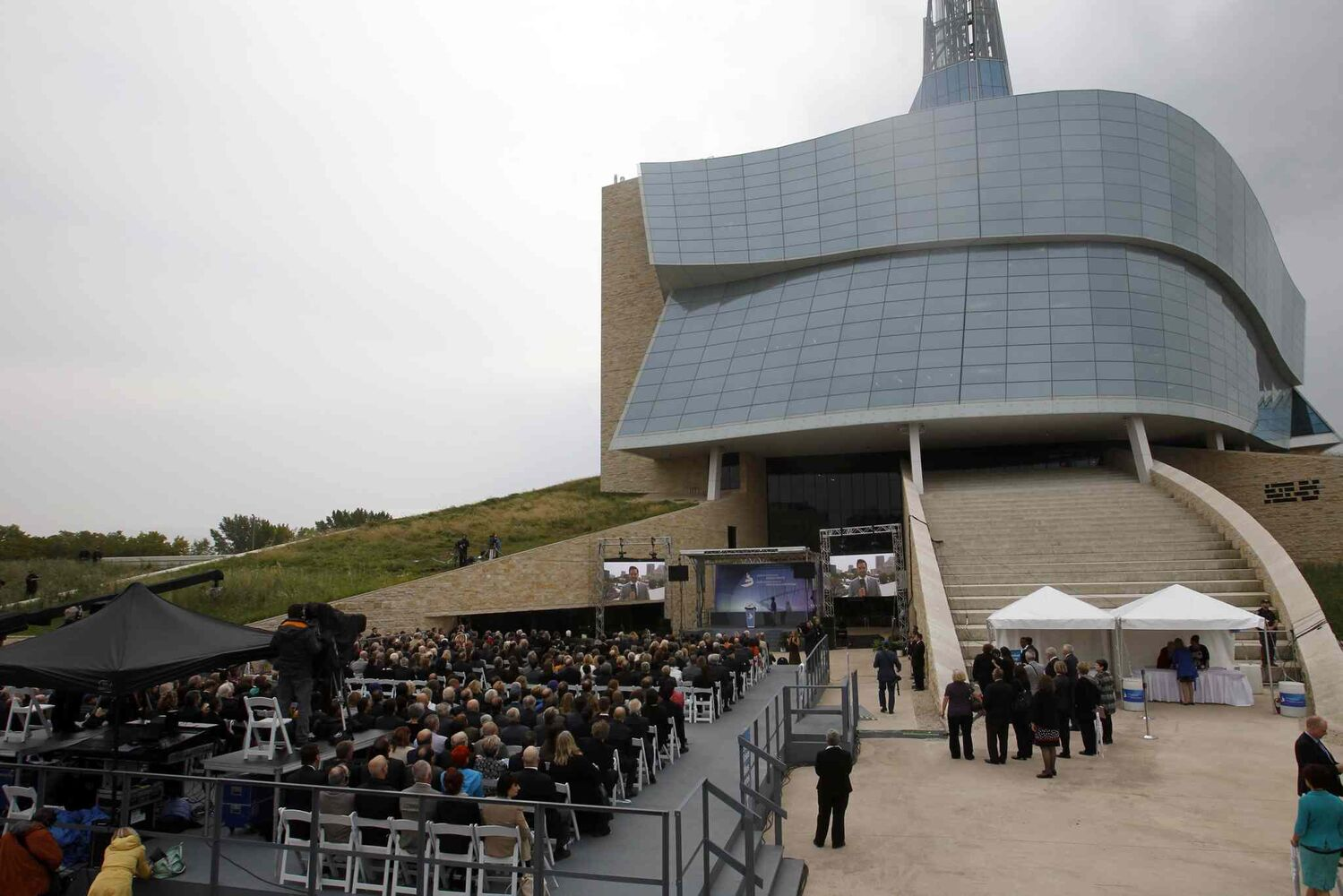 At the Canadian Museum for Human Rights official opening ceremonies Friday. (WAYNE GLOWACKI / WINNIPEG FREE PRESS)