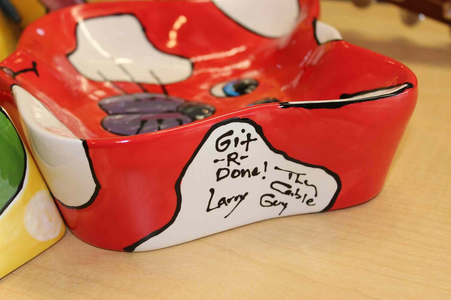 WHS ceramic pet bowl signed by Larry the Cable Guy  (Steph Crosier)