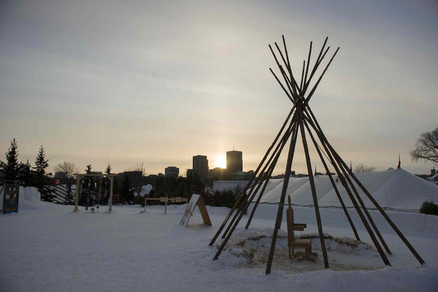 The sun sets on the final Saturday of this year's Festival du Voyageur.