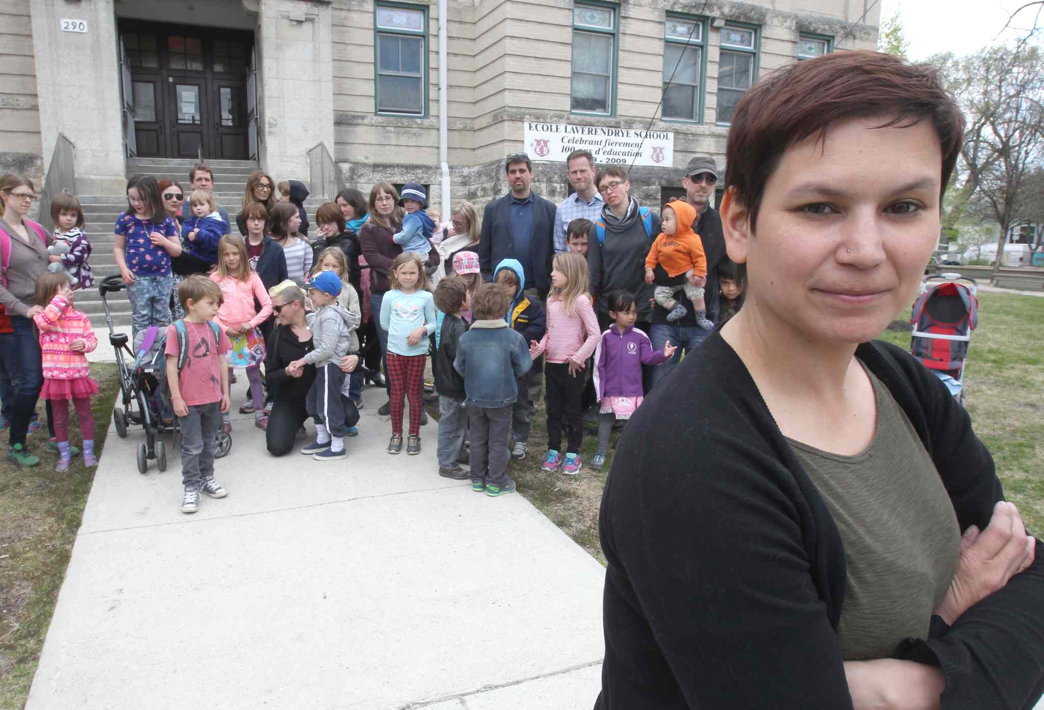 'It sounds like a nightmare,' Stacy Huard of the École LaVérendrye parent council says of the lack of answers her group has received from the WSD.