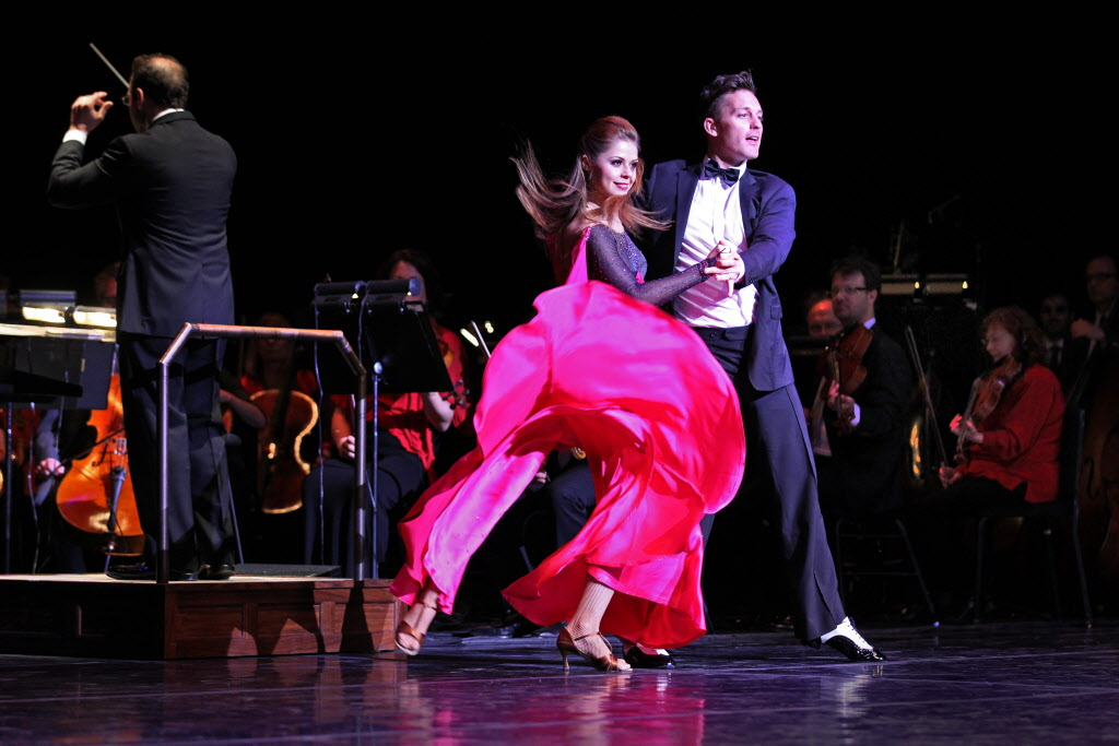 Dancing With The Stars alumni Tristan MacManus and Anna Trebunskaya kick up their heels with the WSO Friday.