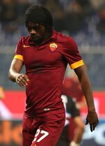 AS Roma forward Gervinho reacts after missing a scoring chance during a Serie A soccer match between Sampdoria and AS Roma, in Genoa, Italy, Saturday, Oct 25, 2014. (AP Photo/Carlo Baroncini)