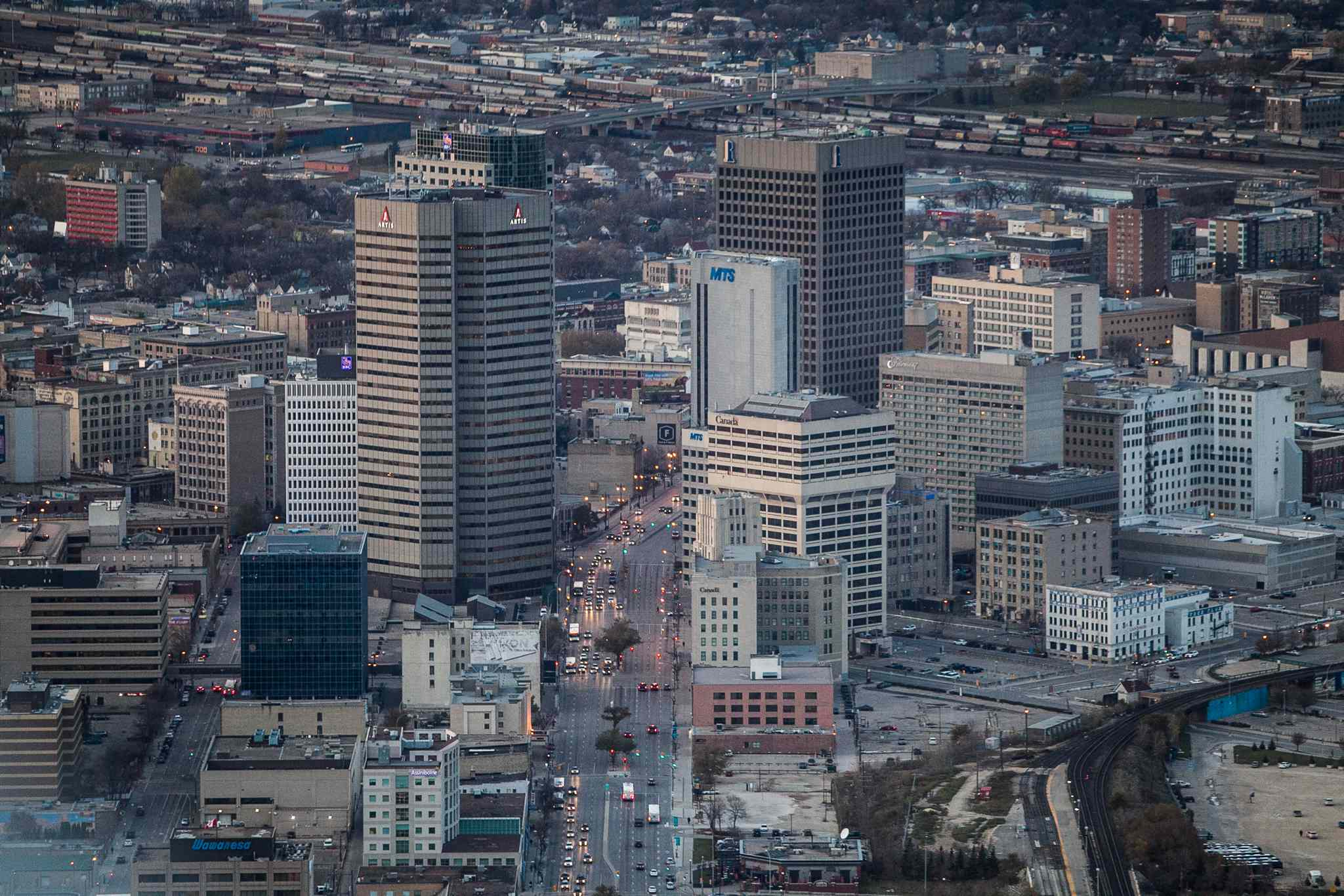 Winnipeg skyline aerial photos for the Red, Assiniboine, La Salle, and Seine River Project. Main Street and Winnipeg's Downtown skyscrapers in the early evening. 151026 - Monday, October 26, 2015 -  MIKE DEAL / WINNIPEG FREE PRESS