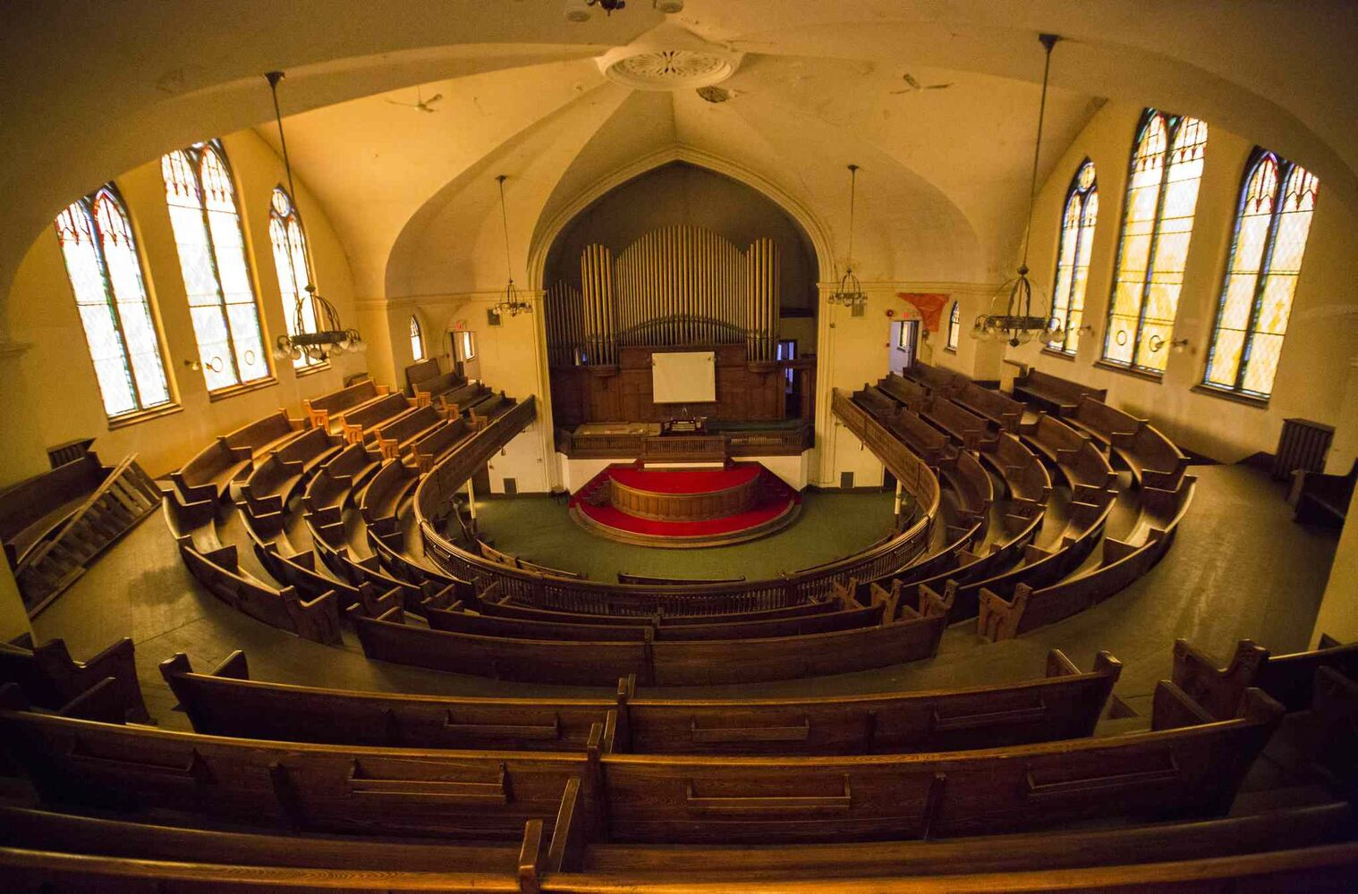 The Heritage North End Church in Winnipeg is up for sale for less than the price of a starter home.The church, which was built in 1907, is in need of many repairs. (MIKAELA MACKENZIE / WINNIPEG FREE PRESS)