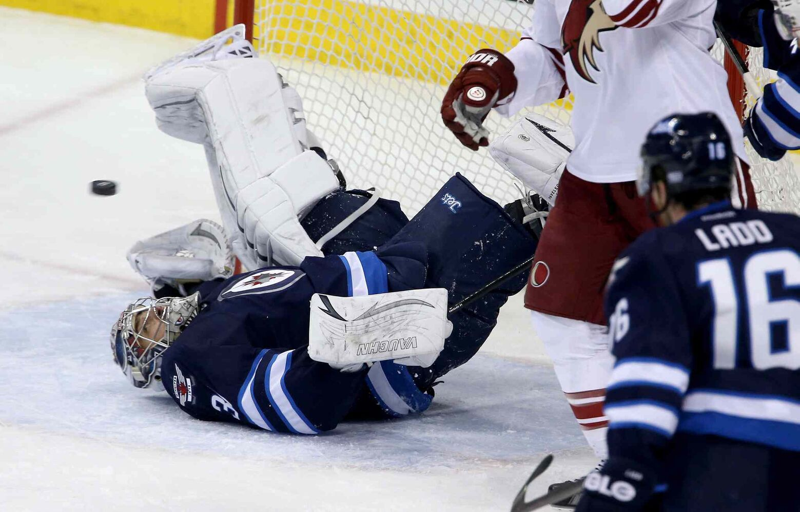 Phoenix opens the scoring against the Jets. (Trevor Hagan / The Canadian Press)