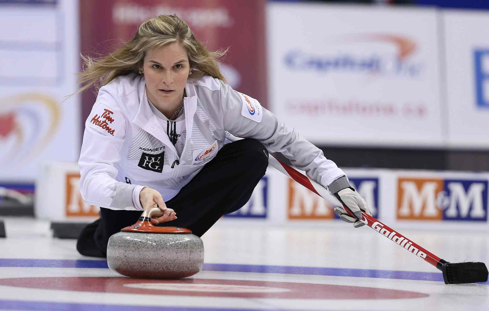 Skip Jennifer Jones delivers a stone. (Jason Halstead / Winnipeg Free Press)