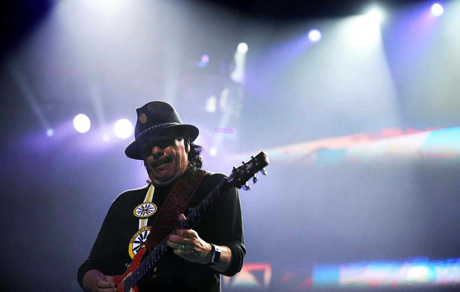 Carlos Santana performs before Rod Stewart at MTS Centre in Winnipeg, Friday, August 8, 2014. (TREVOR HAGAN/WINNIPEG FREE PRESS)