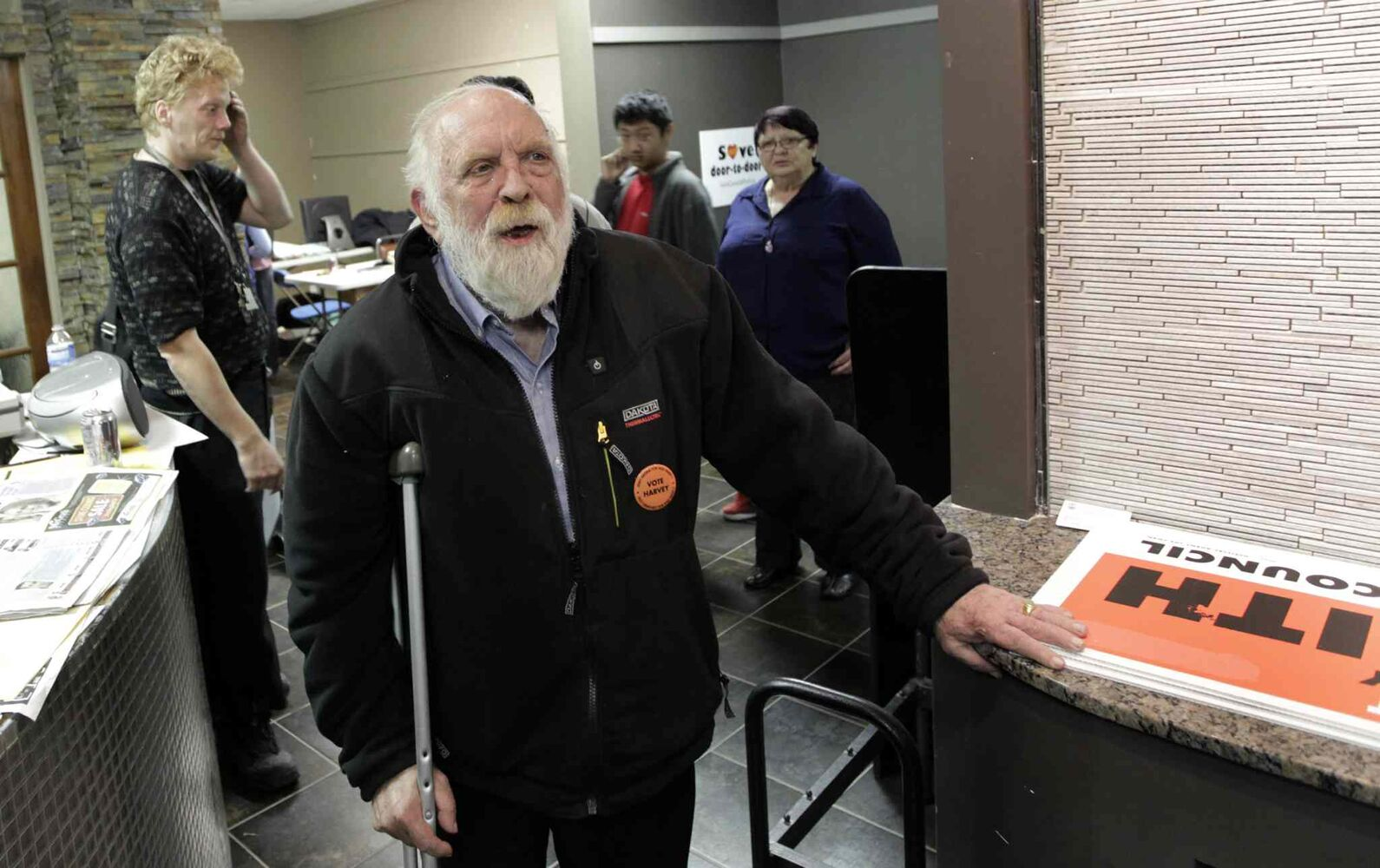 Harvey Smith with his supporters in his campaign HQ on election night.Wayne Glowacki/Winnipeg Free Press Oct.22� 2014