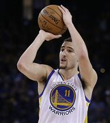 Golden State Warriors' Klay Thompson shoots during the third quarter of an NBA basketball game against the Sacramento Kings on Friday, Jan. 23, 2015, in Oakland, Calif. (AP Photo/Ben Margot)