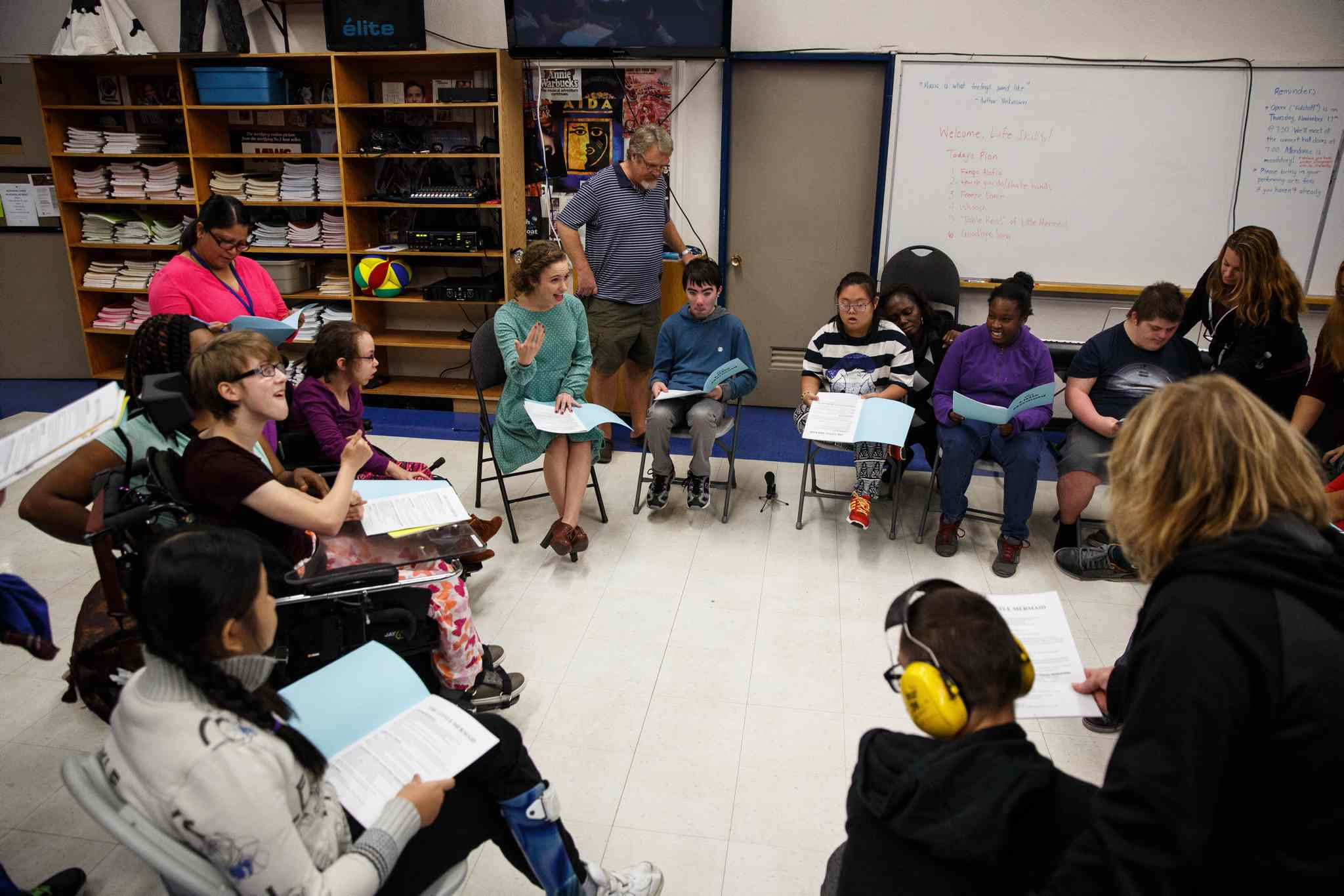 Ashley Fredette (centre) takes the Life Skills students through the first reading of The Little Mermaid.  (Mike Deal / Winnipeg Free Press)