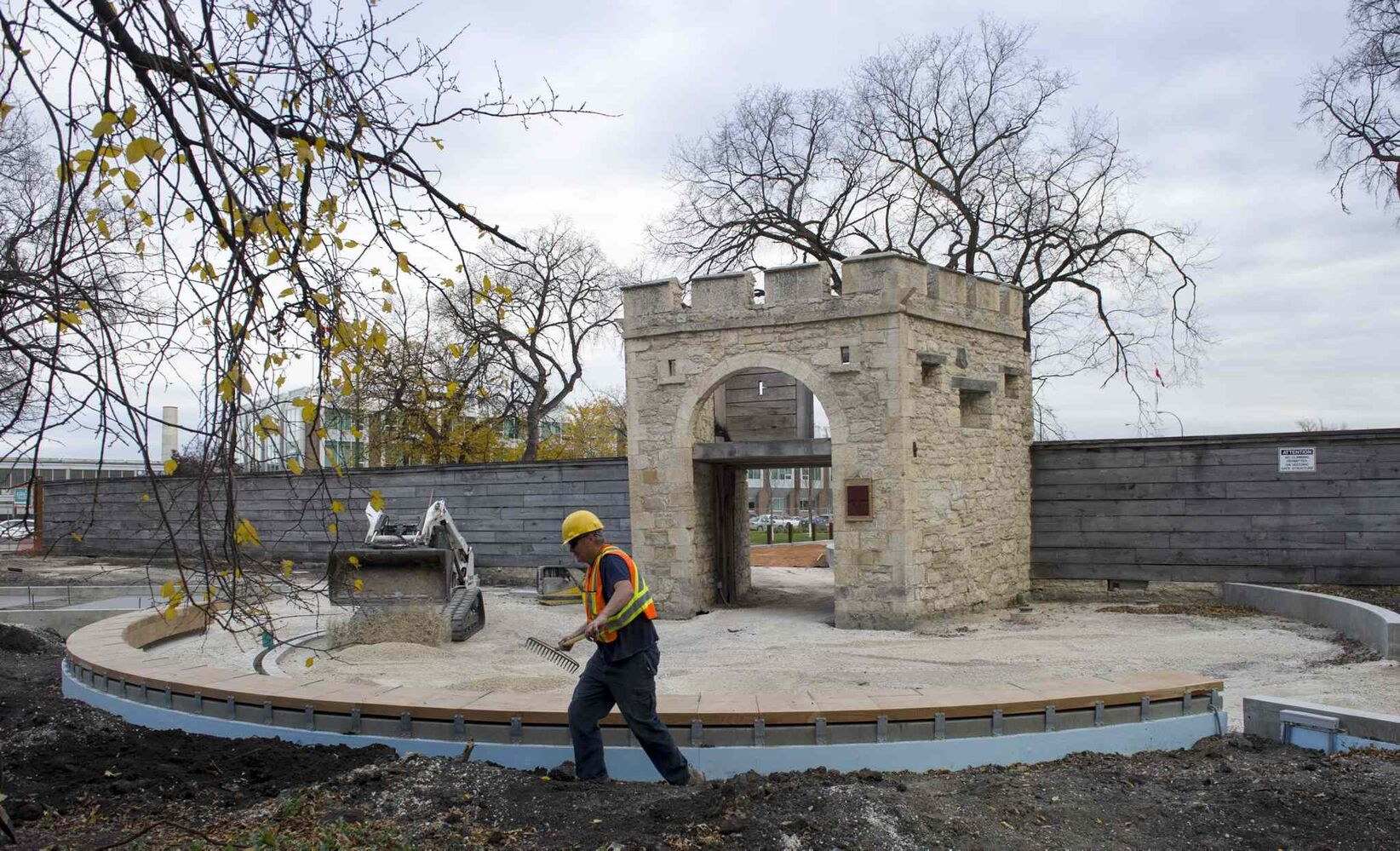 Construction work continues on the site of Upper Fort Garry prior to Saturday's opening ceremony. (DAVID LIPNOWSKI / WINNIPEG FREE PRESS)