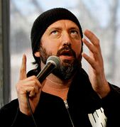 Tom Green will host the Saturday Late Gala: Special Delivery at the Winnipeg Comedy Festival on April 12. (JESSICA BURTNICK/WINNIPEG FREE PRESS)