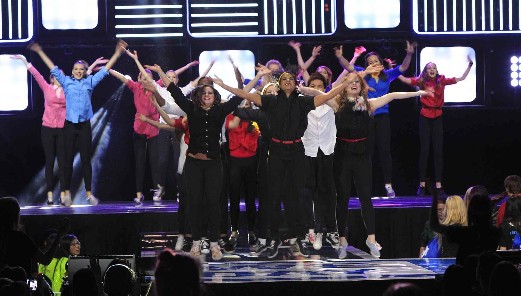 The Winnipeg Dance Force opens We Day. (Wayne Glowacki / Winnipeg Free Press)