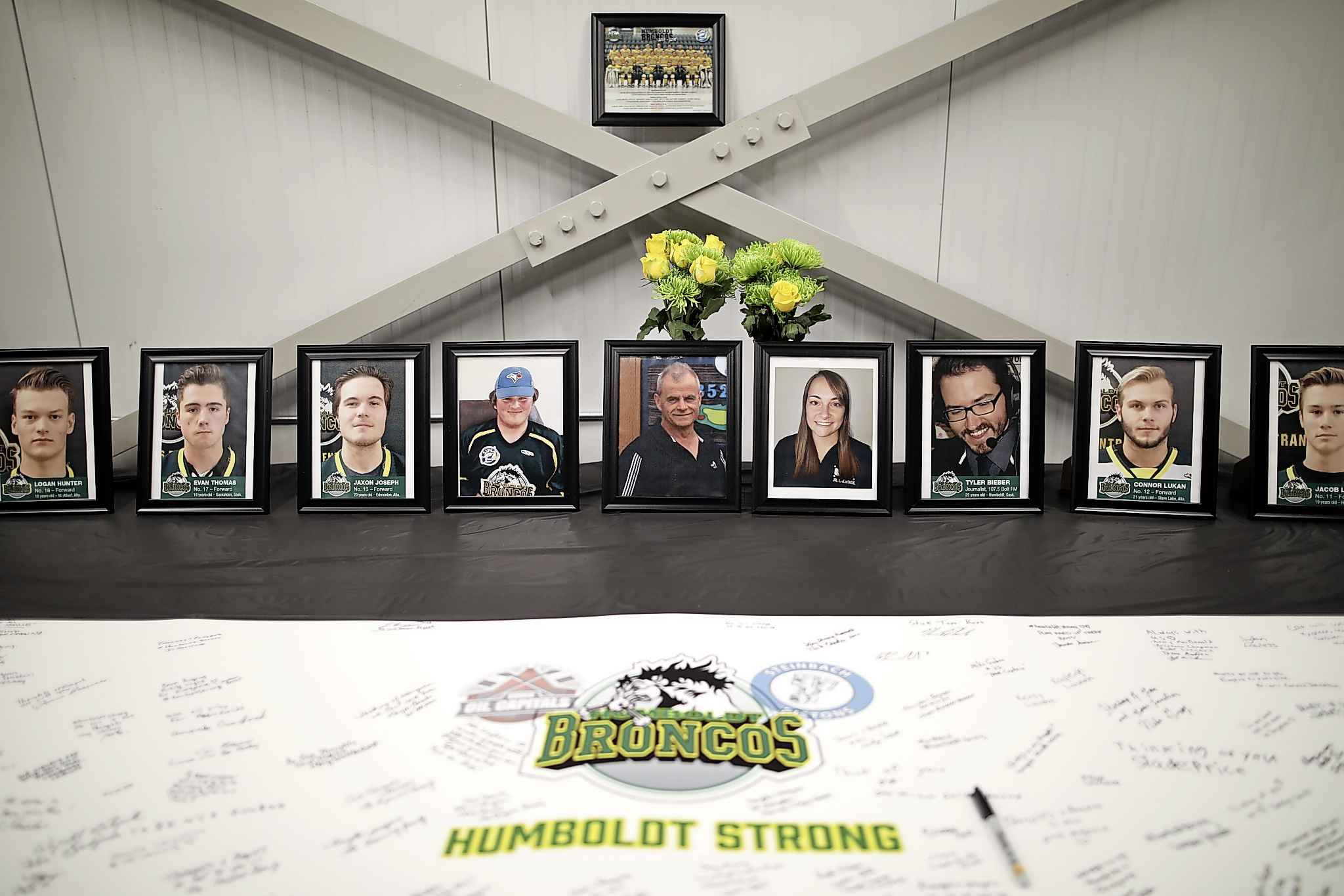 A memorial for guests to write messages of condolence for the Humboldt Broncos prior to Game Two of the Virden Oil Capitals MJHL finals against the Steinbach Pistons in Virden.  (Tim Smith / The Brandon Sun files)