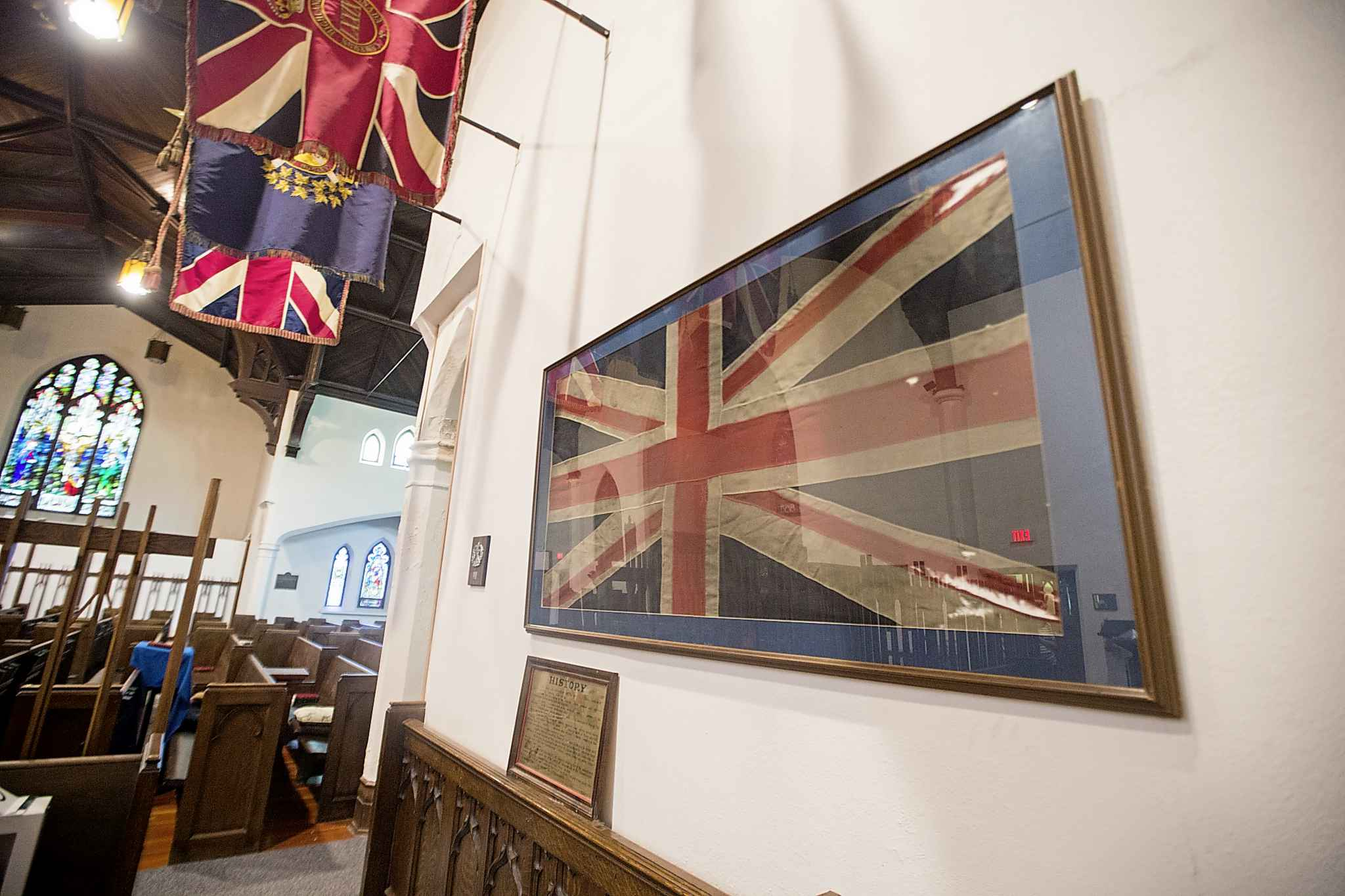 Captain Chaplain Whillans' padre flag from First World War hangs at the First Presbyterian Church in Winnipeg. (Mikaela MacKenzie / Winnipeg Free Press)