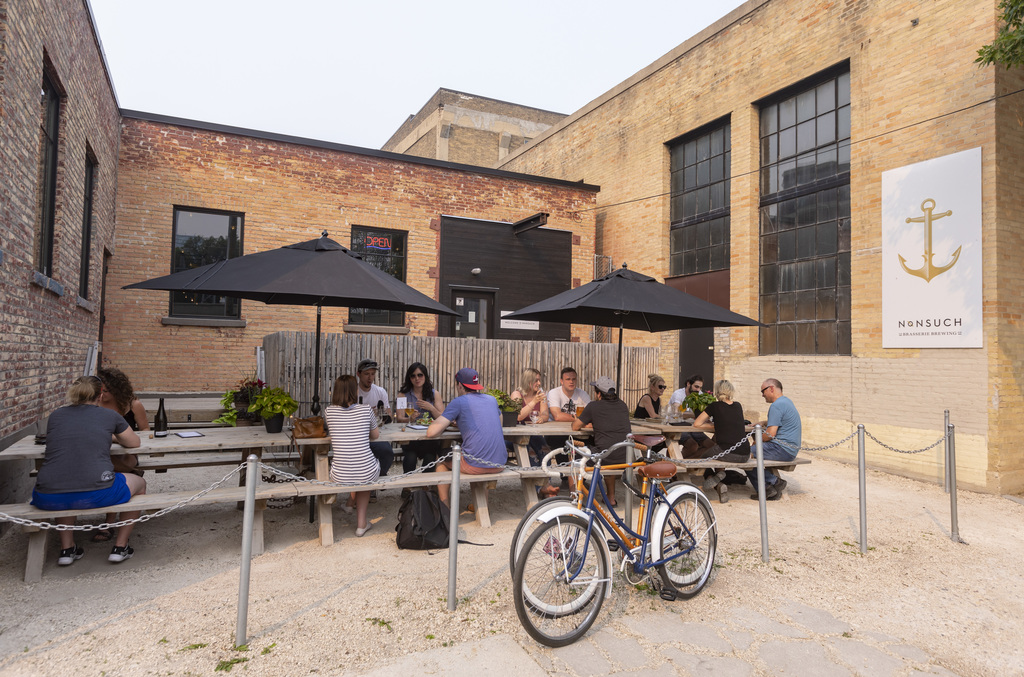 Restaurant patios can open, but brewery patios cannot, according to the province. Will restaurant washrooms be open? (Sasha Sefter / Winnipeg Free Press files)