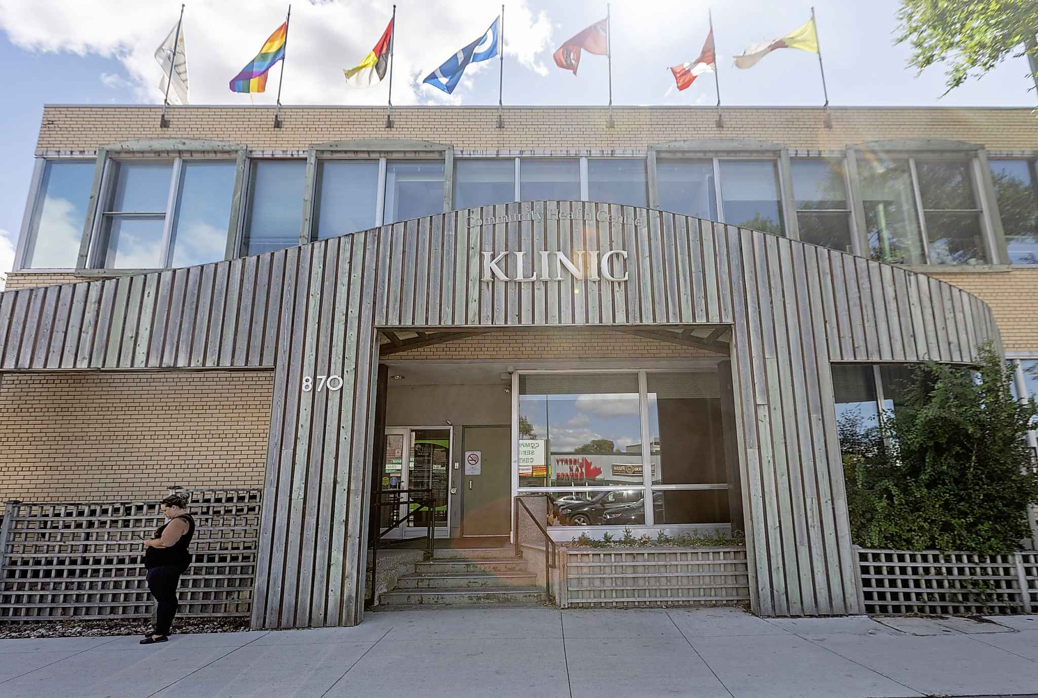 Dr. Andrew Lodge, medical director of Klinic Community Health, argues DBS could be an important tool in reaching at-risk populations for syphilis, HIV, hepatitis C and other disease. (Sasha Sefter / Winnipeg Free Press)