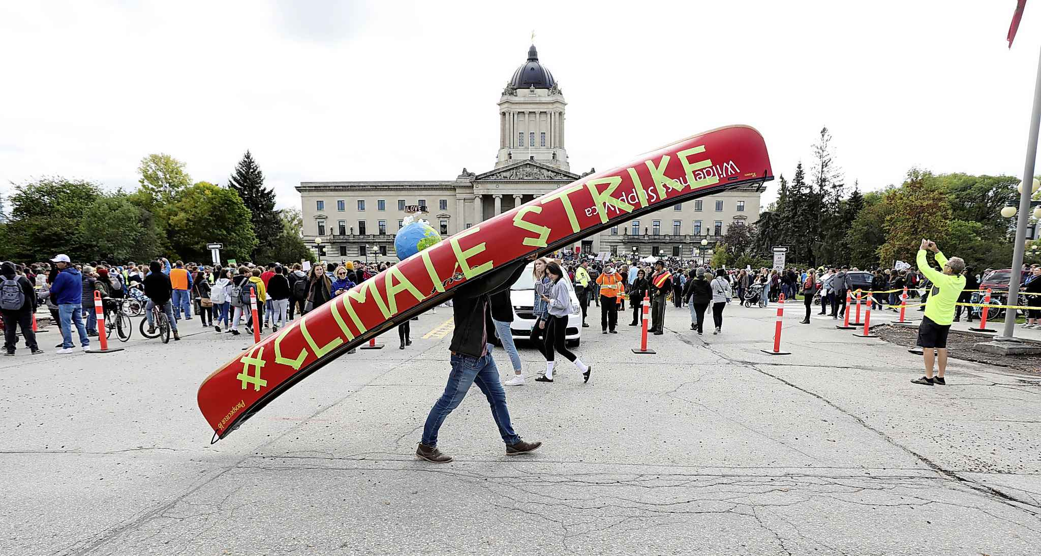 There is one last hope for the climate, and it is people. The mass rallies that swept the globe in late September are only the beginning. (Ruth Bonneville / Winnipeg Free Press files)