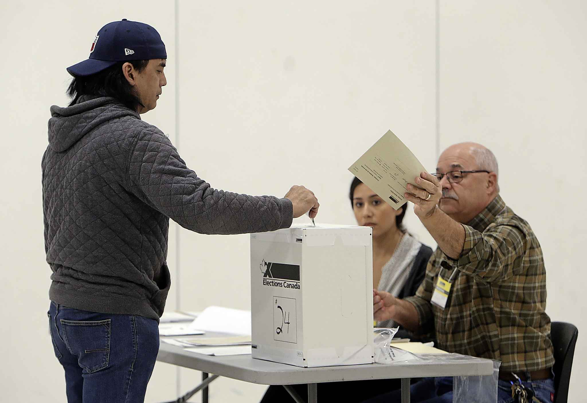 Fernando Garcia was at his pollsing station early to cast his ballot. Polling stations are open in Manitoba until 8:30 p.m. (Jason Halstead / Winnipeg Free Press)