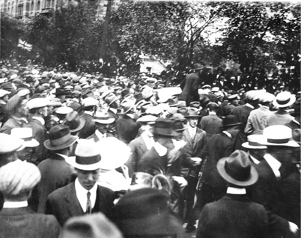 Winnipeg Free Press Archives 1919 Strike After the street troubles, the crowd dispersing, in front of the city hall. Tuesday afternoon, June 10.