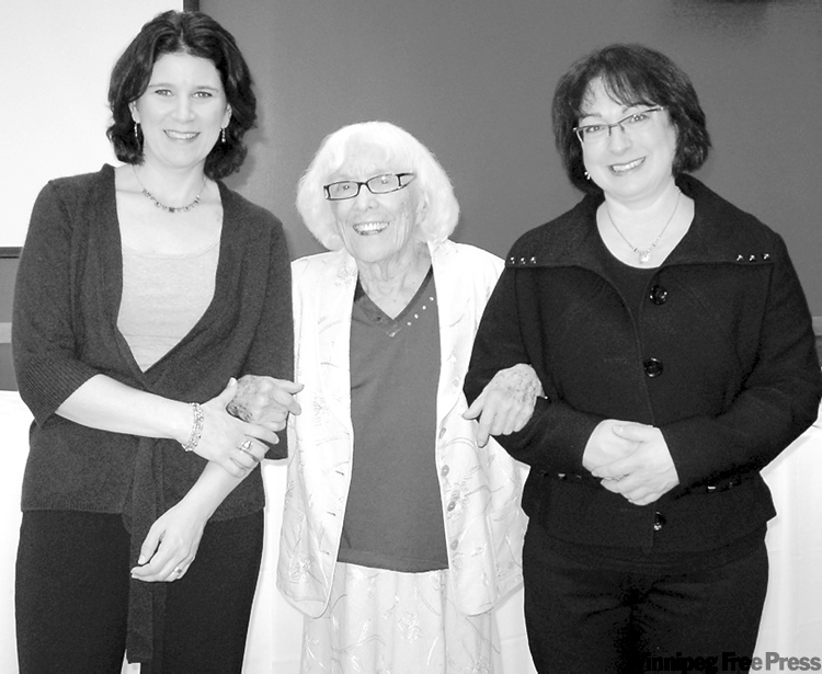 submitted photoLeona Billinkoff (centre) with Camp Massad co-chairs Mia Elfenbaum (left) and Ivy Kopstein.