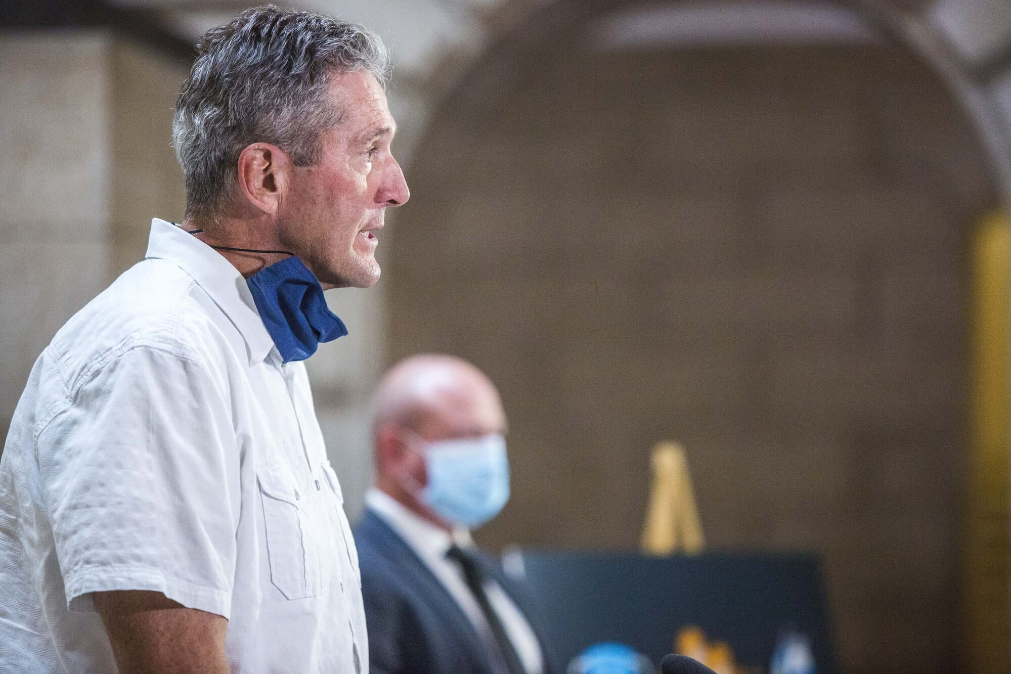 Premier Brian Pallister (front) and chief provincial public health officer Dr. Brent Roussin. (Mikaela MacKenzie / Winnipeg Free Press files)