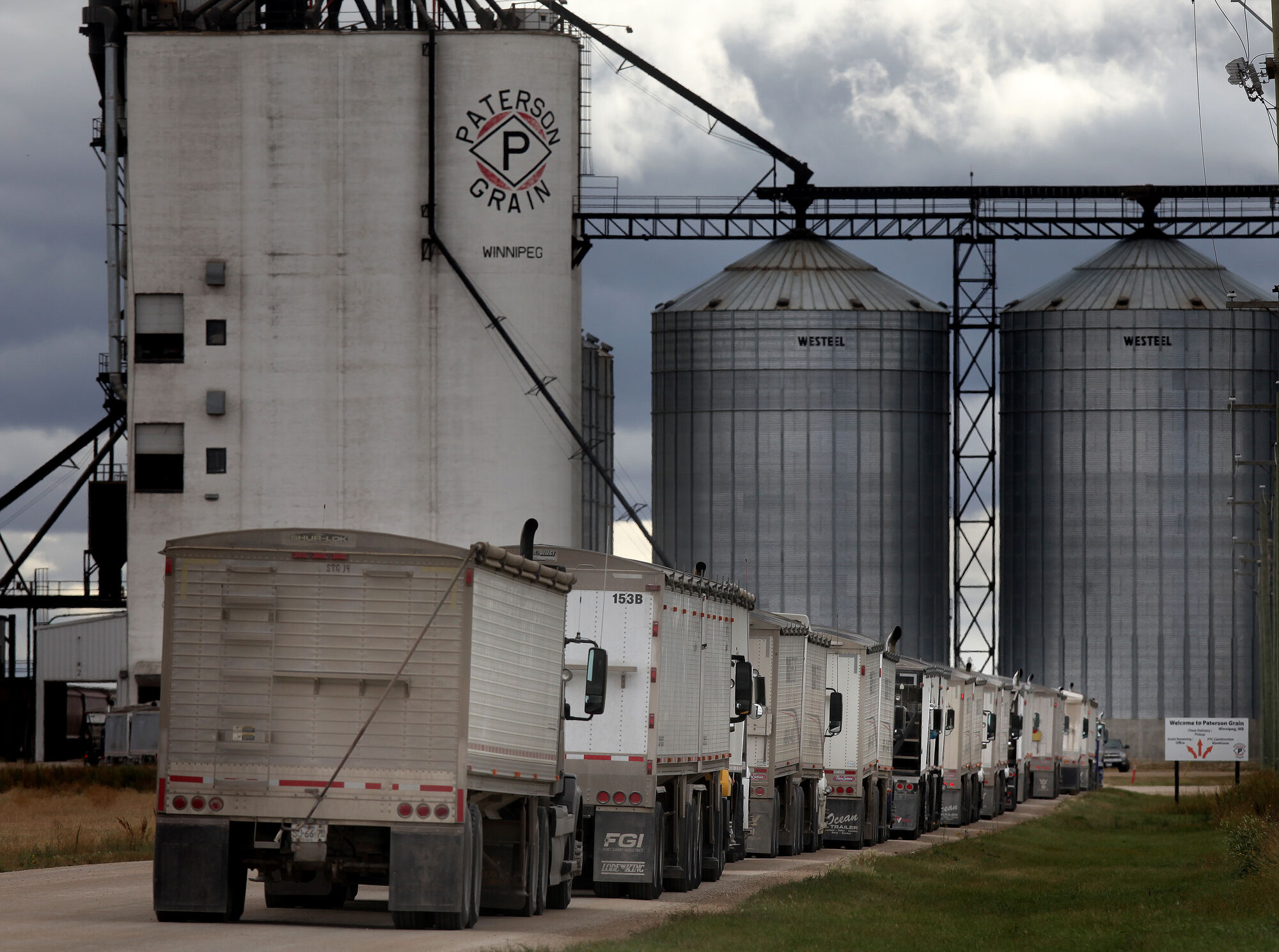 A shortage of rolling stock means farmers' grain won't get to market.
