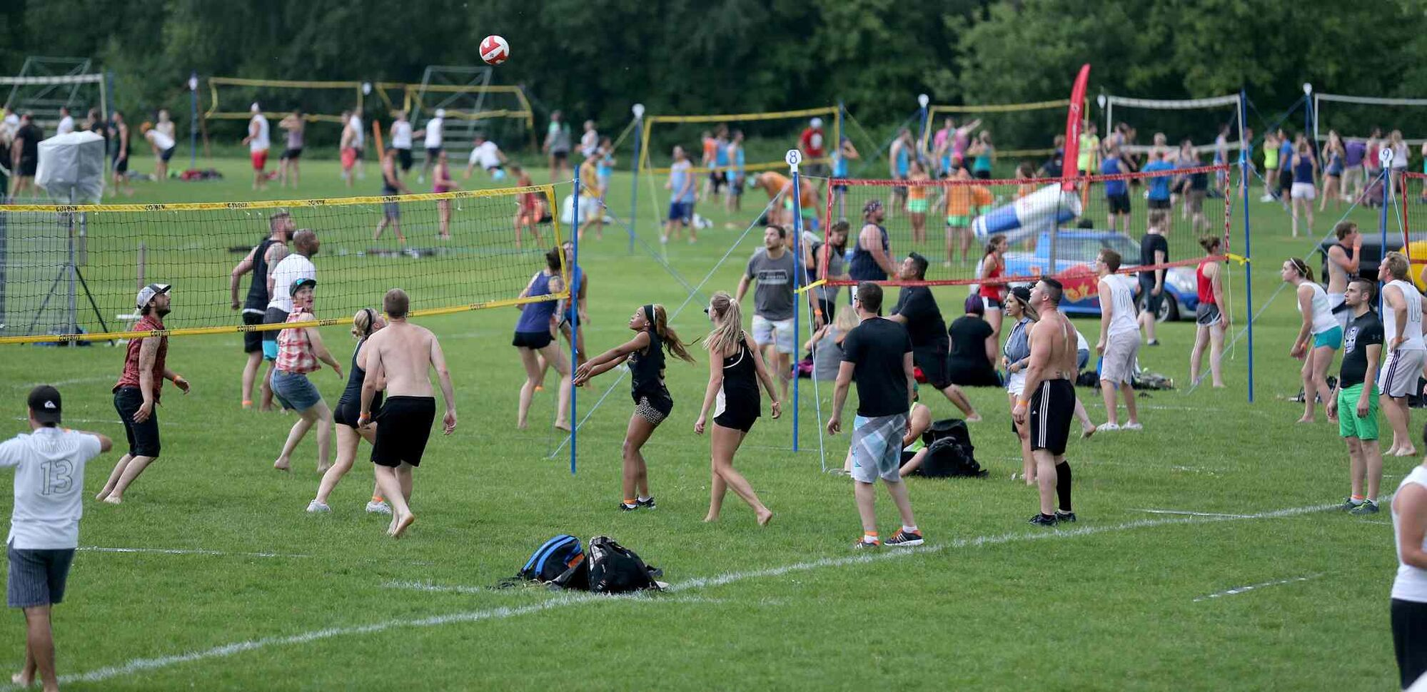 The Super-Spike volleyball tournament at Maple Grove Rugby Park, Friday, July 18, 2014.  (TREVOR HAGAN/WINNIPEG FREE PRESS)