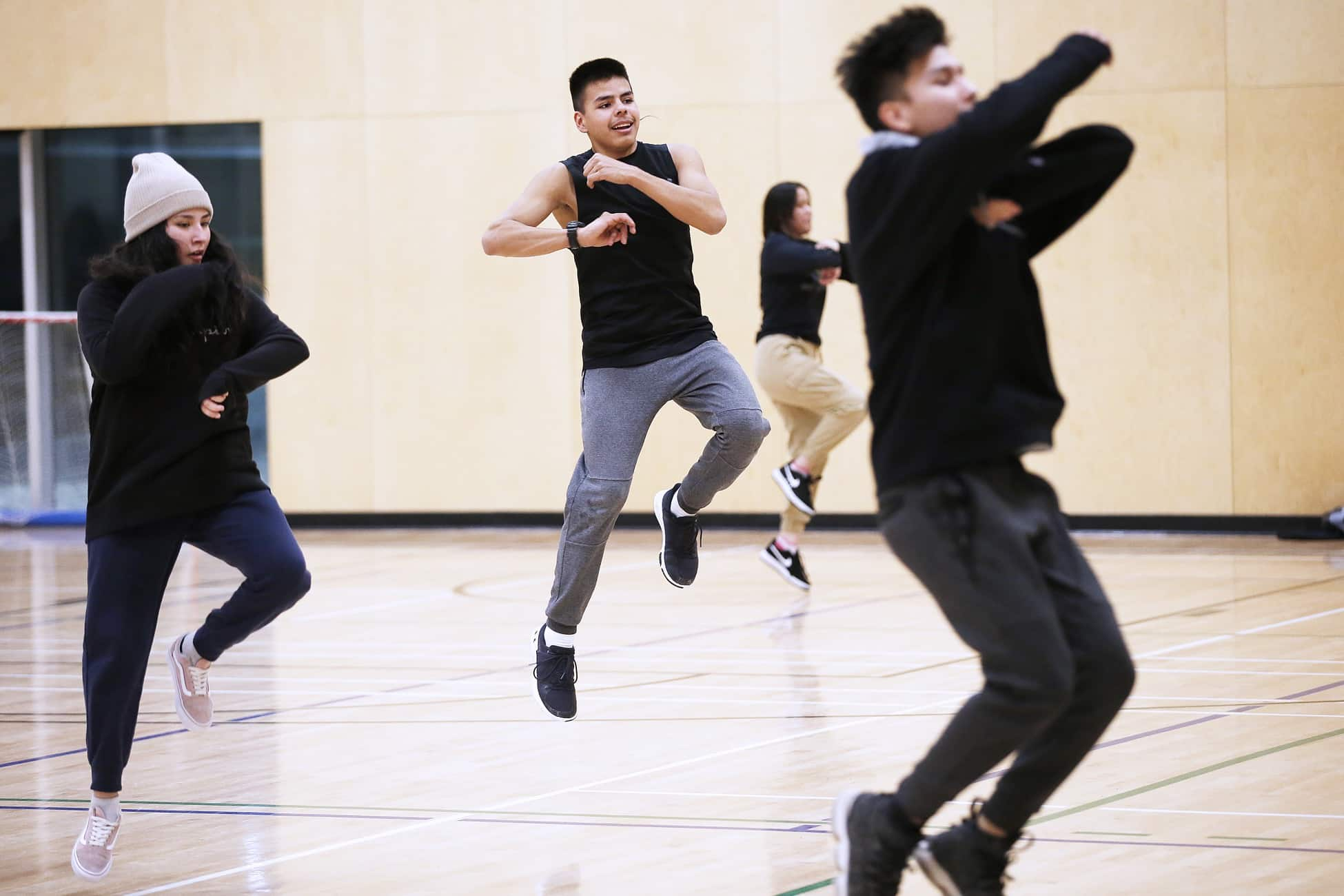 Ryan Ross participates in the Outside Looking In hiphop dance class at Southeast Collegiate on Thursday, February 20. The after school dance program encourages students to stay in school and graduate as they earn a credit by participating every week. (John Woods / Winnipeg Free Press)