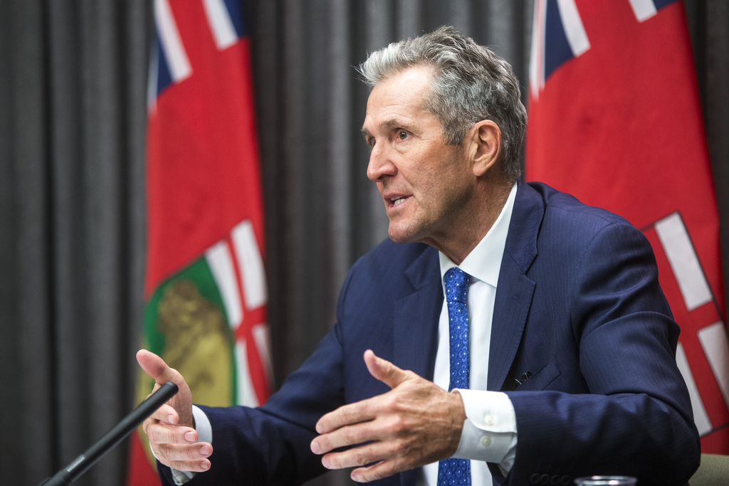 Premier Brian Pallister has maintained a focus on individual responsibility to follow the basic principles. (Mikaela MacKenzie / Winnipeg Free Press files)