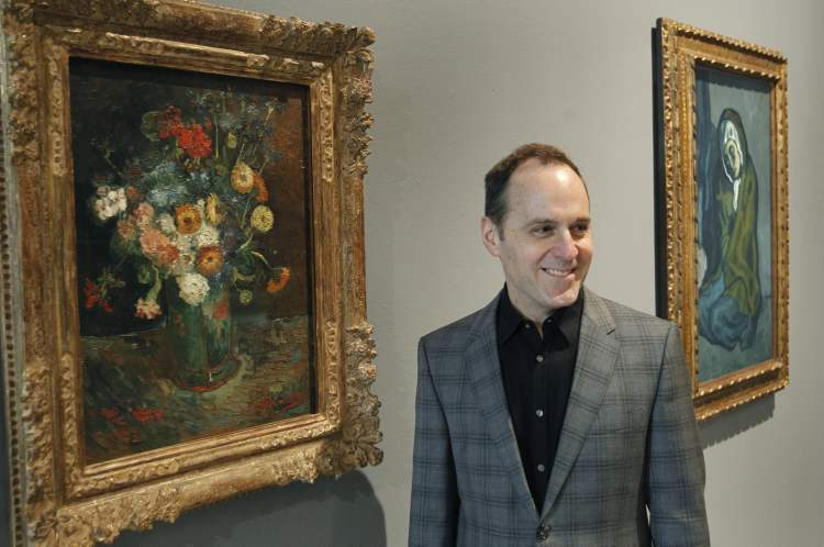 Borys happily finds himself between a Van Gogh and a Picasso at the WAG.