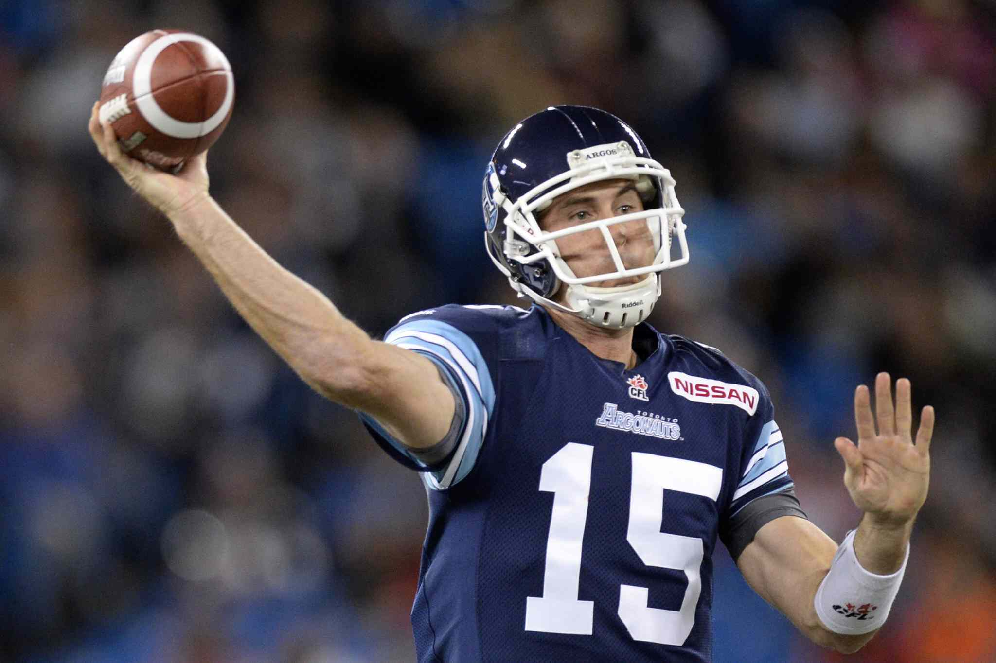 Toronto Argonauts' Ricky Ray throws a pass during the first quarter.
