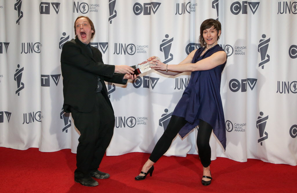 Mike Rud, left, win Vocal Jazz Album of the Year with Notes on Montreal ft. Sienna Dahlen, right, at the RBC Convention Centre in Winnipeg.  (Crystal Schick / Winnipeg Free Press)