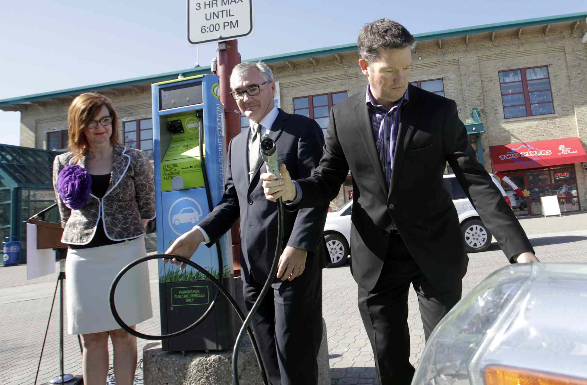Forks Gets First Public Charging Station For Electric Cars