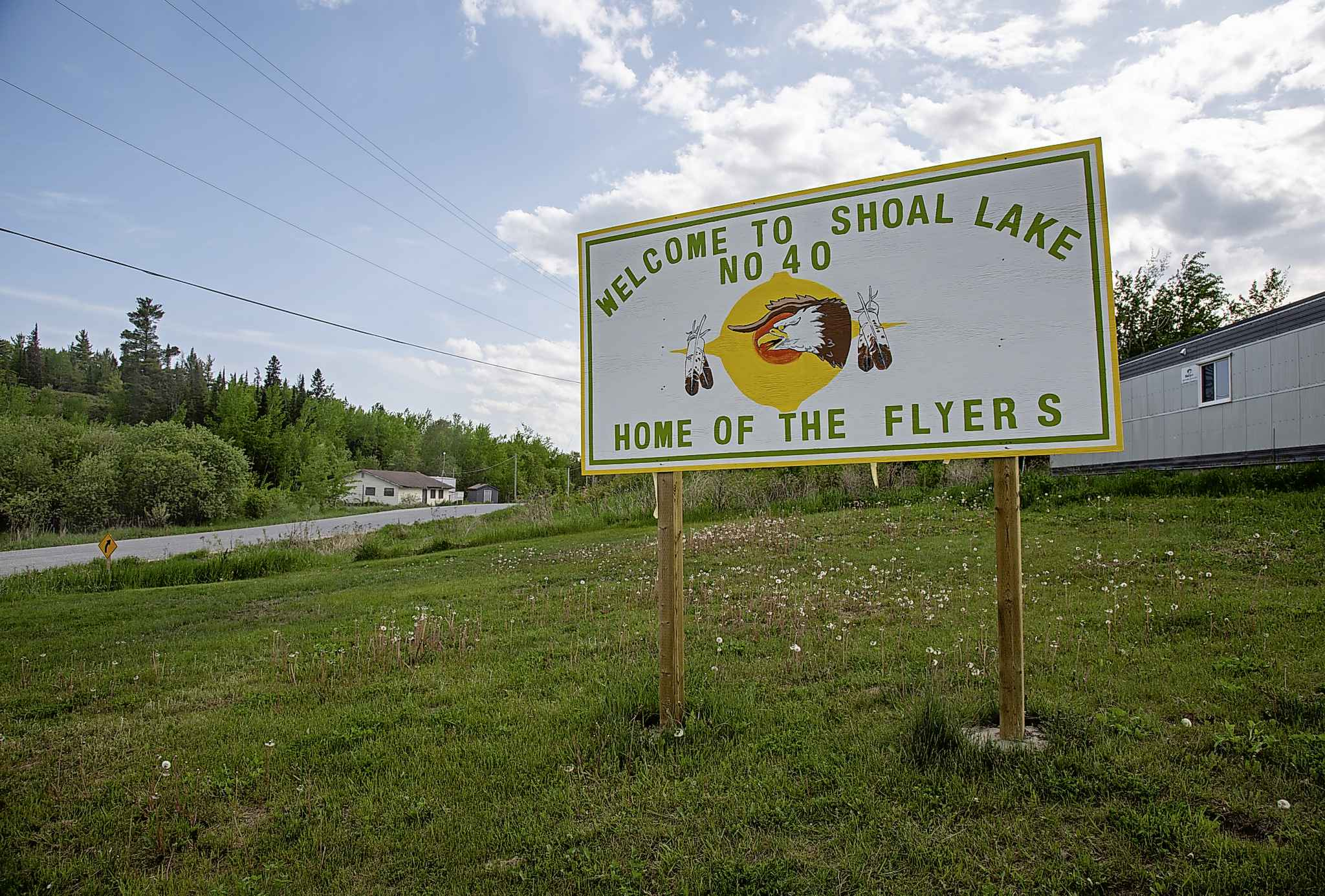 A sign welcoming visitors to Shoal Lake 40 First Nation.