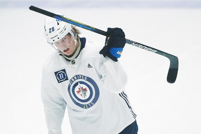 The Jets trading Patrik Laine to the Blue Jackets reinforces the wide-held inferiority complex many have around here, the belief that superstar hockey players aren't long for this town, writes sports columnist Mike McIntyre.  (John Woods / The Canadian Press files)
