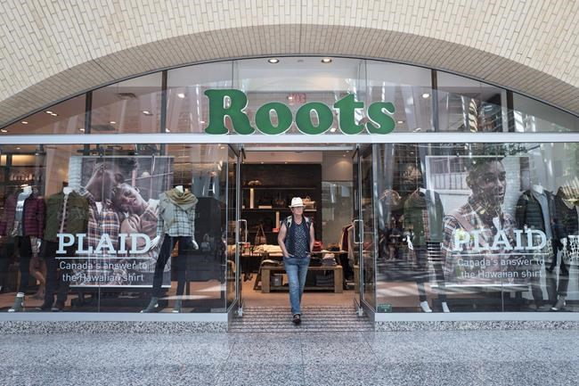 The storefront of a Roots location in Toronto is pictured on Thursday, September 14, 2017. THE CANADIAN PRESS/Chris Young