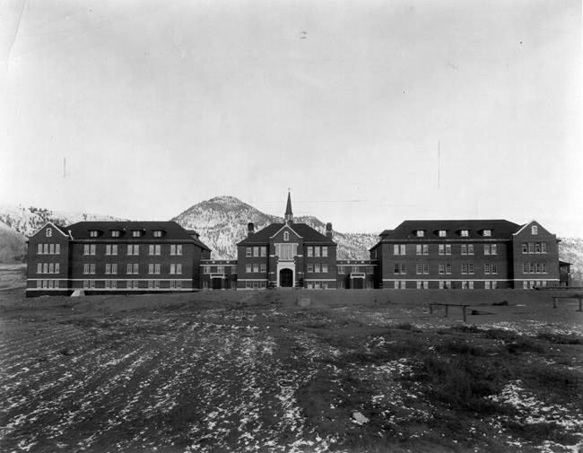 The Kamloops Indian Residential School in Kamloops, B.C., is shown in this 1930 handout photo. (Deschatelets-NDC Archives / The Canadian Press)