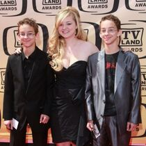 Sawyer Sweeten with siblings Madilyn and Sullivan