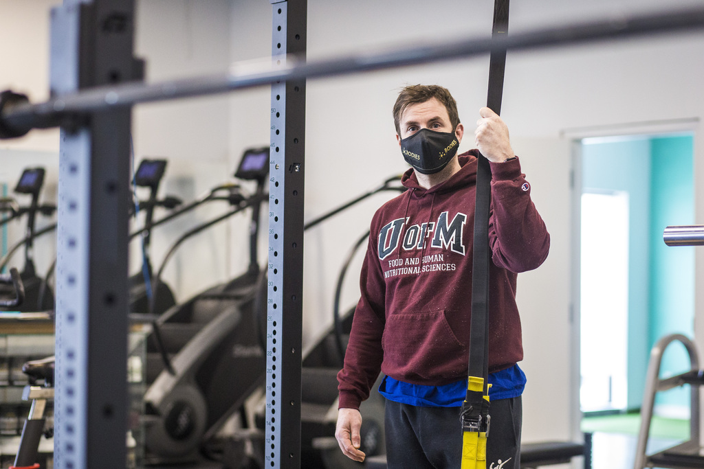 Dino Camiré, owner of One Family Fitness and Manitoba's representative on the Fitness Industry Council, won't be surprised when health officials order his doors closed again. (Mikaela MacKenzie / Winnipeg Free Press files)