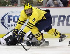 Michigan's Andrew Copp (9) will join the Winnipeg Jets