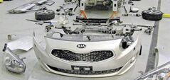 Following a battery of winter tests in the wilds of Quebec, the 2014 Kia Rondo was totally dismantled and every part was carefully scrutinized.