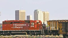 Farmers, grain handlers and energy companies applaud the federal Fair Rail Freight Service Act.
