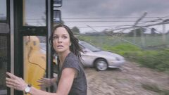NEW LINE CINEMASarah Wayne Callies and Richard Armitage get tossed about.