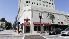 In this photo taken Friday, Aug. 15, 2014 a Juan Vadez Cafe is shown in downtown Miami. Drawn by the presence of large Latin communities, chains like Colombia's Juan Valdez are using Florida as the testing ground for U.S. expansion. (AP Photo/Alan Diaz)