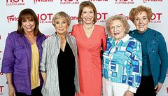 From left,  Harper,  Leachman, Moore,  White and Engel are reuniting  on Hot  in Cleveland.
