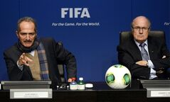 Brazil's Sports Minister Aldo Rebelo, left, and FIFA President Joseph Blatter, right, attend a press conference at the FIFA's headquarter in Zurich, Switzerland, Tuesday, March 19, 2013. They discussed issues related to the organization of the FIFA Confederations Cup in Brazil 2013 and the 2014 FIFA World Cup in Brazil. (AP Photo/Keystone, Walter Bieri)